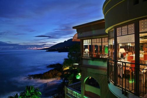 5991 Tiara Miramar Beach Hotel Cannes