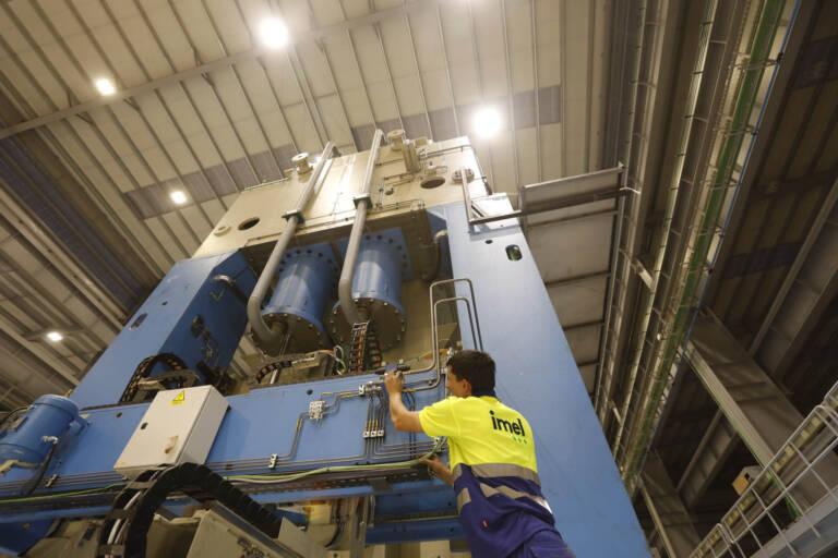 Instalación Eléctrica De Maquinaria Industrial