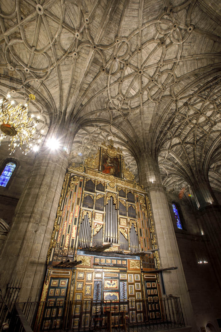 Nueva Iluminación Iglesia Santo Tomas De Haro (12)