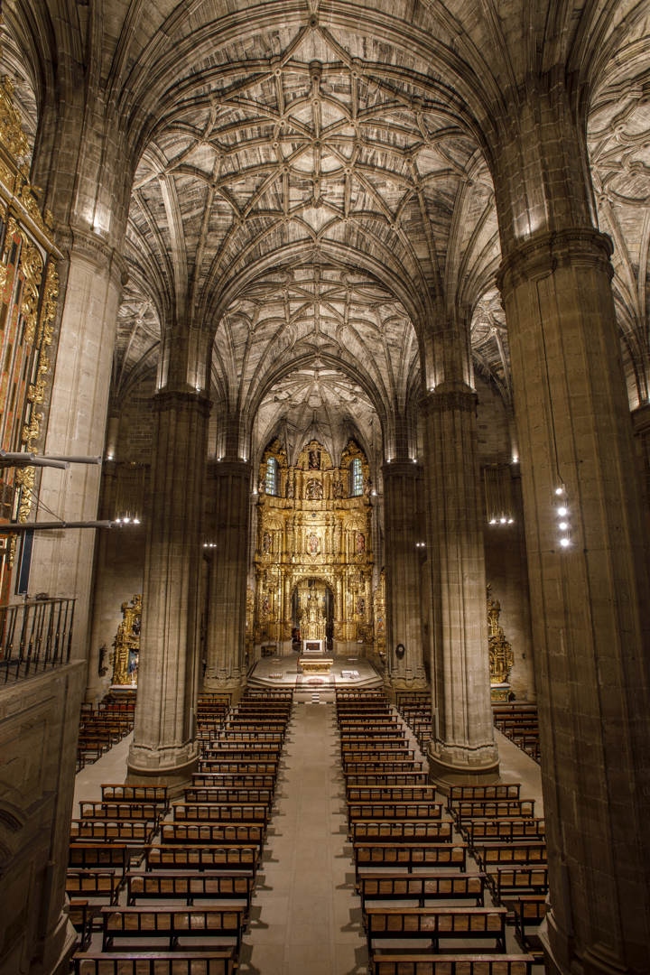 Nueva Iluminación Iglesia Santo Tomas De Haro (15)