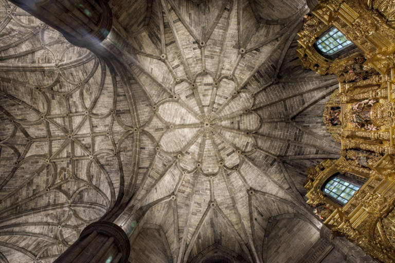 Nueva Iluminación Iglesia Santo Tomas De Haro (2)