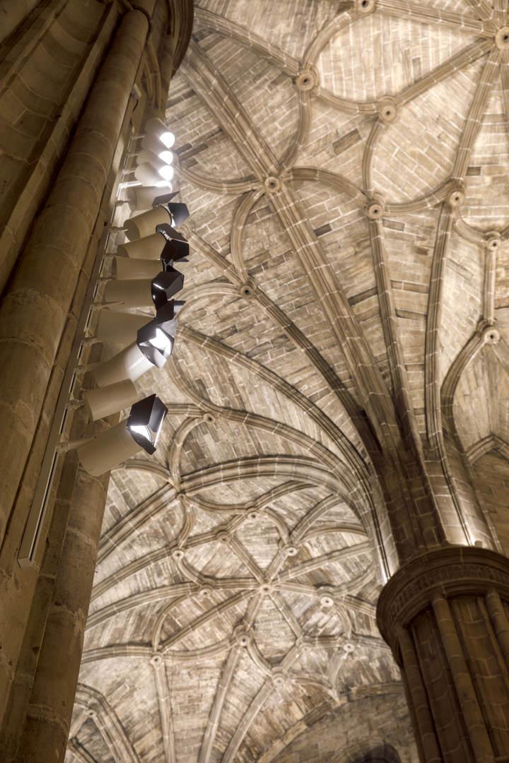 Nueva Iluminación Iglesia Santo Tomas De Haro (25)