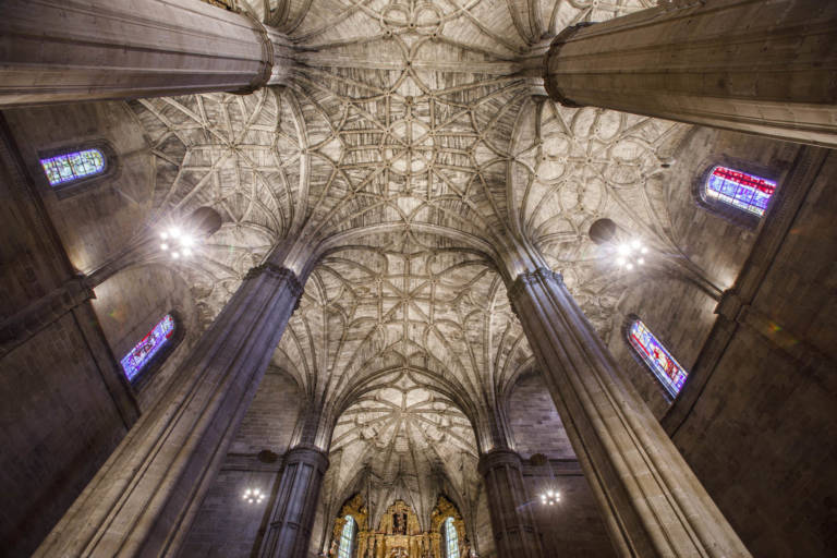 Nueva Iluminación Iglesia Santo Tomas De Haro (29)