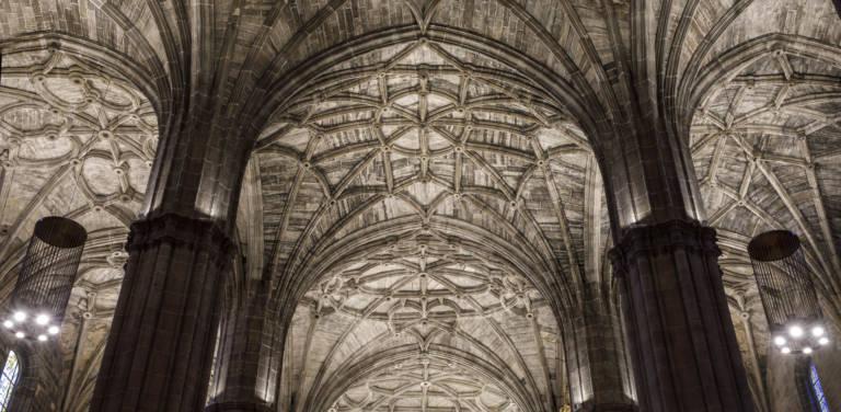 Nueva Iluminación Iglesia Santo Tomas De Haro (4)