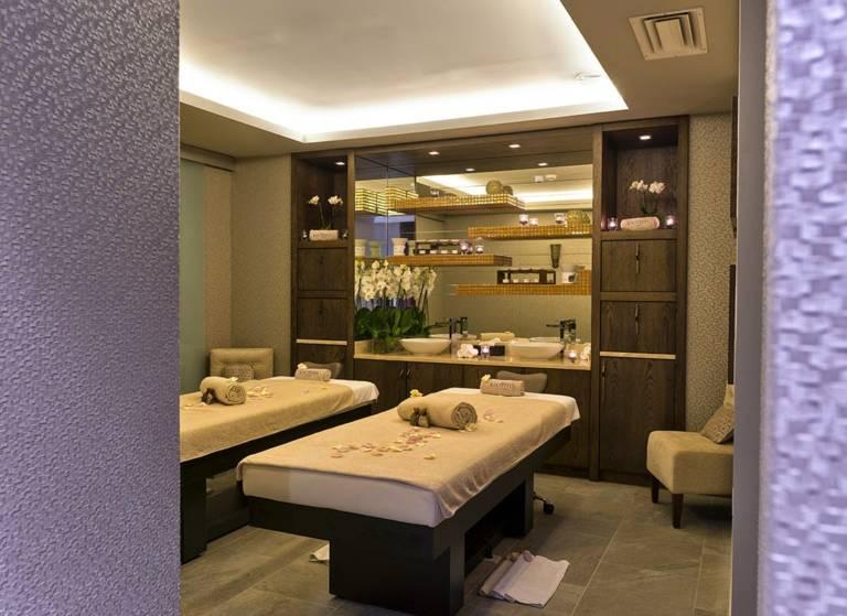 Tiara Miramar Beach Hotel & Spa Passion4luxury 4